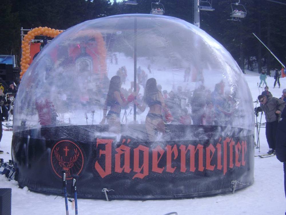 Надуваем снежен балон